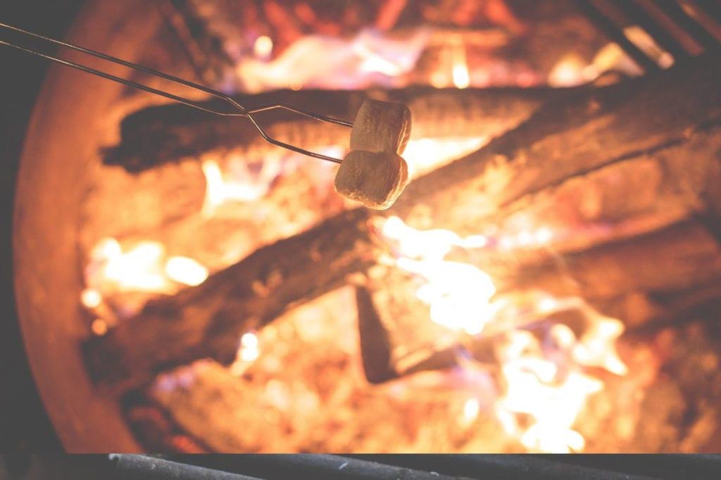 glamping-marshmallows-base-campers